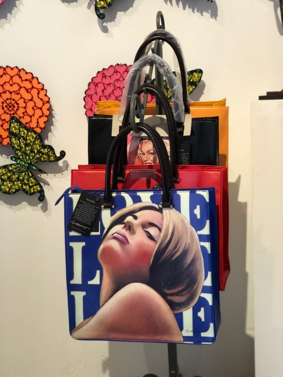 Pinup Tote Bags, Mel Ramos